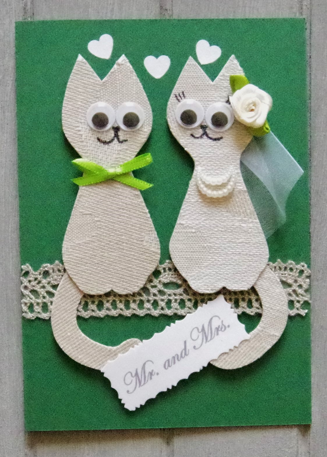 Mr. and Mrs. 3D linen cats.